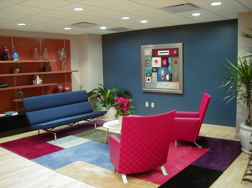 Doesn't this lounge area look inviting? What do you think of the colors?
