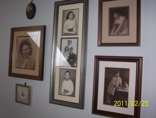 Family Memorial Wall done by Broadway Galleries